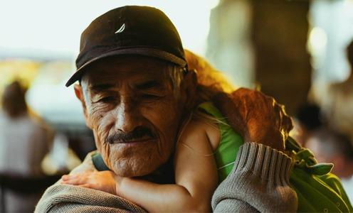 Vivre dans le don. Réflexions de Charles Eisenstein